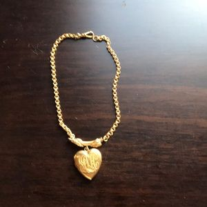 18 karat gold filled Antique Locket🌺